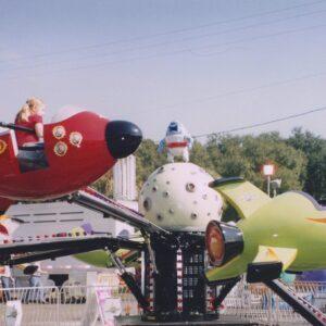 Larson International Flying Spaceship Amusement Ride